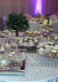 Sweet table met cupcakes