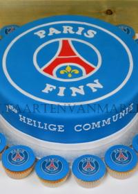 communie taart voetbalclub met cupcakes