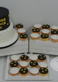 Communietaart met cupcakes