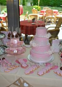 Bruidstaart met cupcakes